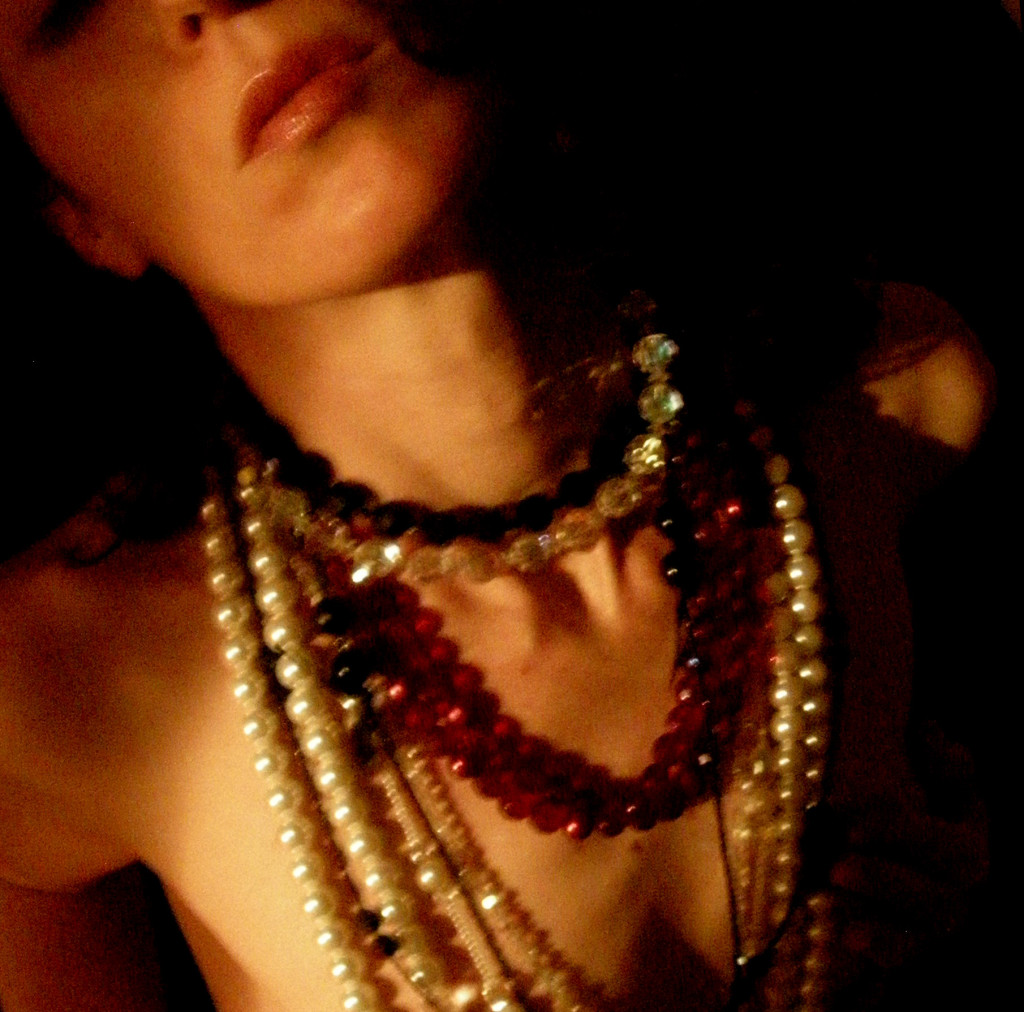 19_necklaces_dark